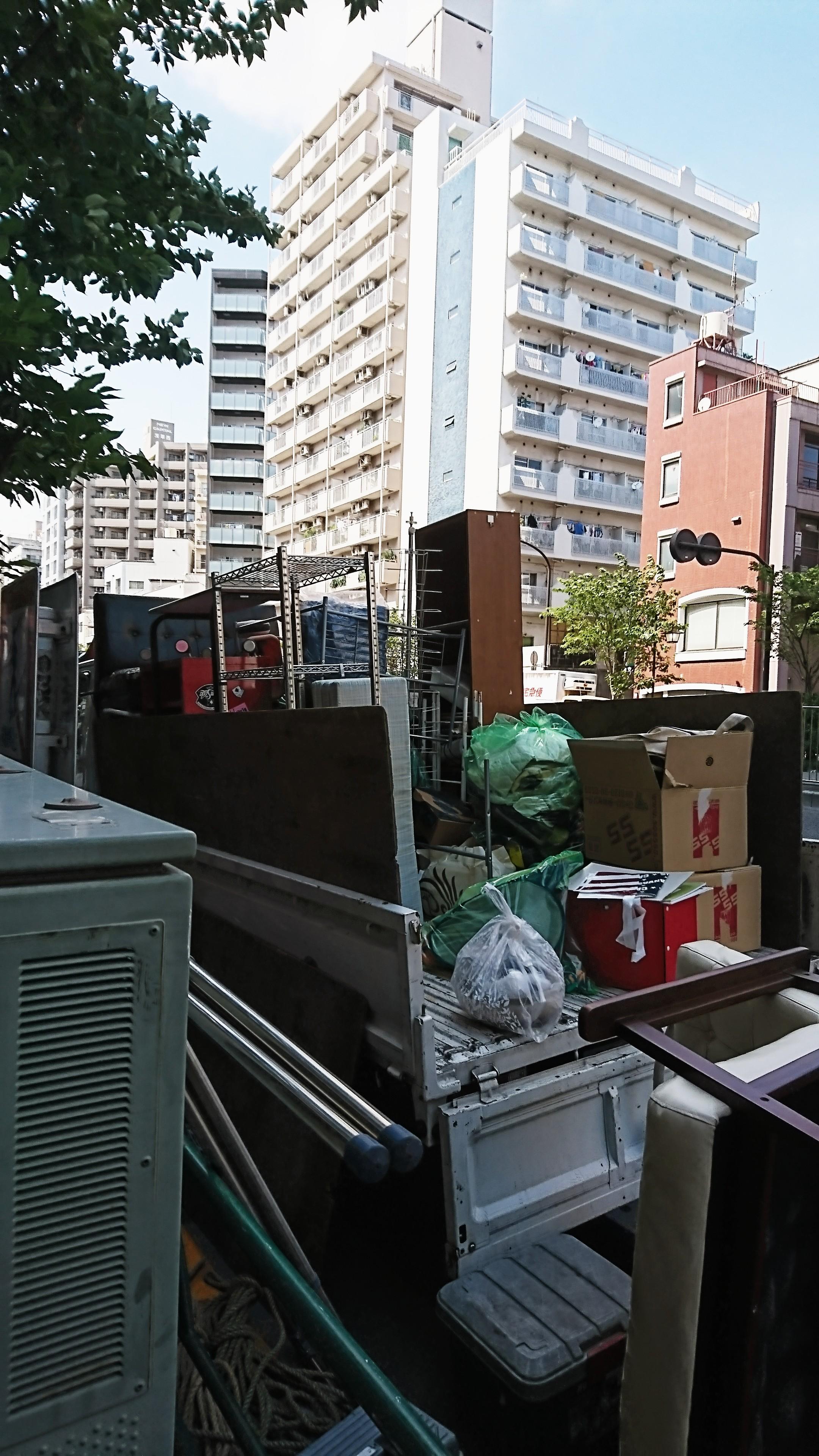 横浜市緑区 屋根裏 選別 不要品回収