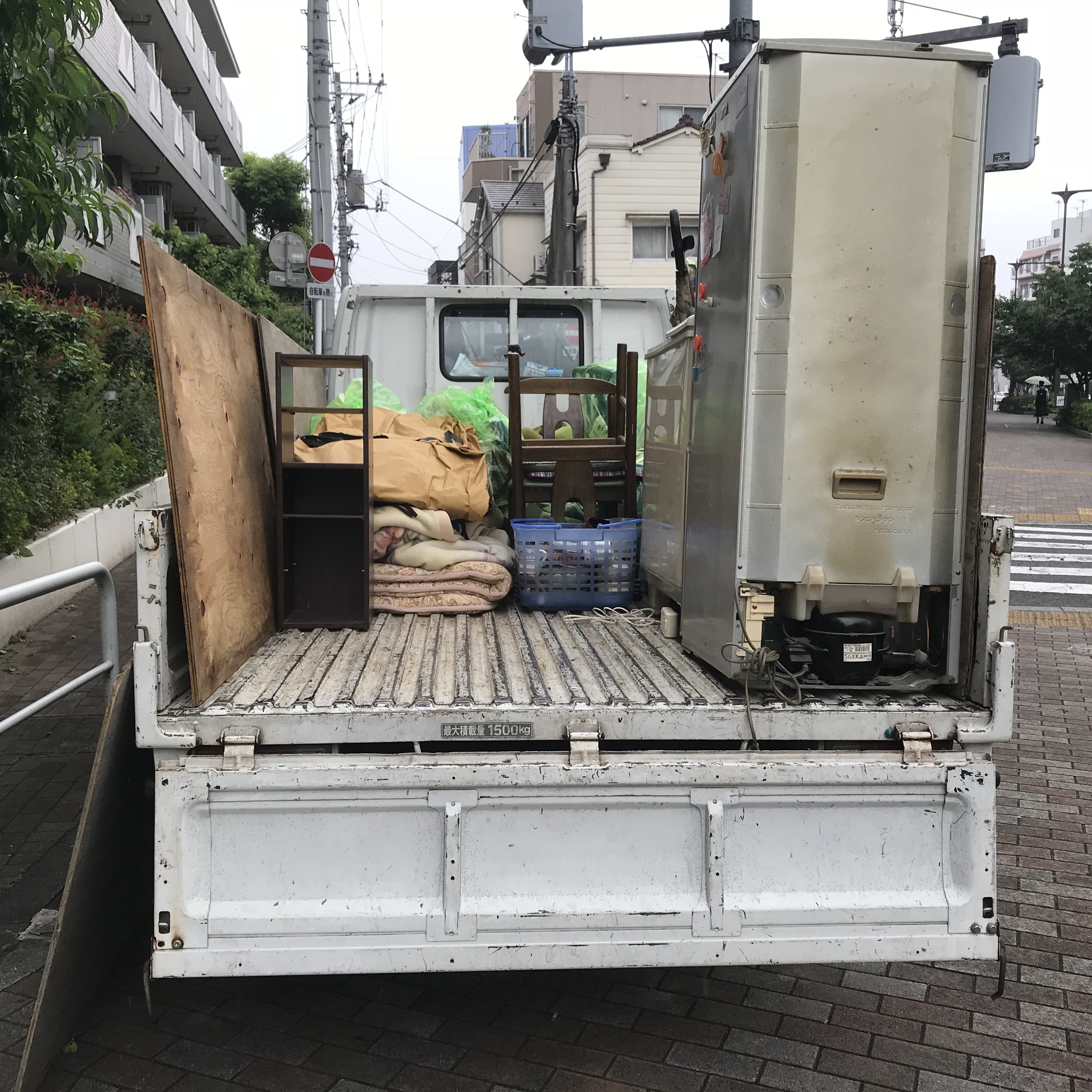 横浜市鶴見区 不用品(冷蔵庫、洗濯機、棚など)回収