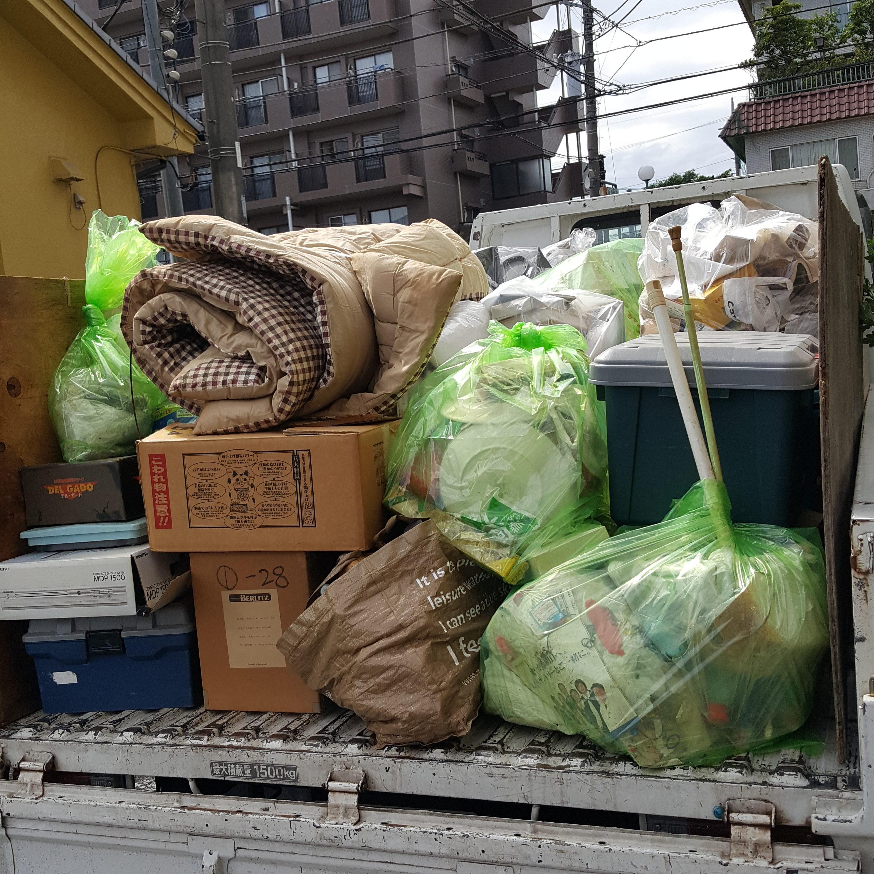 横浜市神奈川区 1K4階 階段  片付け・不要品回収